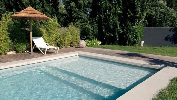 Decora o de jardins ideias para decorar o teu jardim ou for Como construir una pileta de natacion con ladrillos