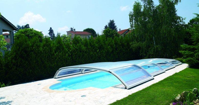 Coberturas telesc picas para piscinas decora o da casa for Abri de piscine desjoyaux