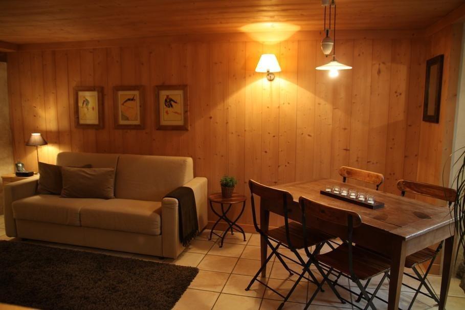 Interior de uma sala de estilo r stico interior de uma - Fotos de salas rusticas ...
